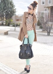 Crris LoveShoppingandFashion - Pull & Bear Blouse, Primark Bag, Forever 21 Heels, Blanco Jeans, Zara Trench - Pastel Jeans