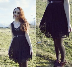 Marina Aurora Thorsen Ødegaard - Vintage Black Lace Dress, Glitter (Norwegian Store) Necklace, Brogues - Lace and springtime