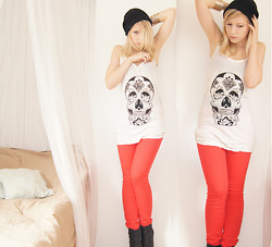 Violette Margaret - Made Myself Shirt, H&M Red Pants, H&M Brancelets - Memento mori