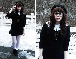 Janni L - 2nd Hand White Loose Collar, Diy Pearl Necklace, White Dotty Tights, White Lace Socks - Yes indeed