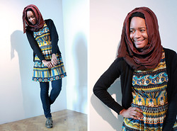 Tanya Weekes - Morocco Cotton Scarf, Dorothy Perkins Print Dress, New Look Jeans, H&M Cardigan, Clarks Pumps - Mosque Crawin!