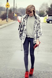 Lidia Nawara - New Look Coat, H&M Leggins, Topshop Shoes - Cup of coffee