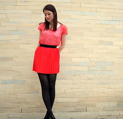 Emily L - Primark Lace Blouse, Vero Moda Pleated Skirt, Primark Black Tights, New Look Black Patent Shoes - Coral Pleats
