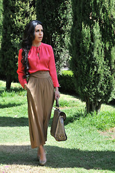 Gina Ortega - Diane Von Furstenberg Blouse, Aritzia Skirt, Prada Bag, Zara Pumps - Long skirt...short stories