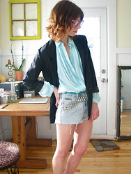 Meghan H - H&M Slouchy Blazer, Vintage Pleated Chiffon Button Up, H&M Green Braided Belt, Calvin Klein Vintage Diy Studded Cutoffs - March 18th, 70 degrees in portland, maine.