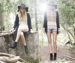 Fanny Lindblad - Vila Shirt, H&M Hat, Ryns Shoes - IN THIS FAIRYTALE