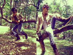 Rald Navarro - Pathfinder Boots Brown, Oxygen Blue Pants, Tom Ford, Zara Cow Blazer - Hanging On a Tree!!! K-I-S-S