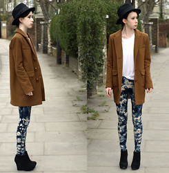 Jessica M. - Topshp Leggings, River Island Blazer - Pattern Leggings