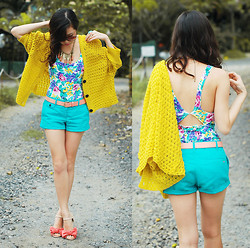 Kryz Uy - Clothes For The Goddess Yellow Cardigan, Mango Aqua Shorts, So Fab Ribbon Shoes - Spring on my step