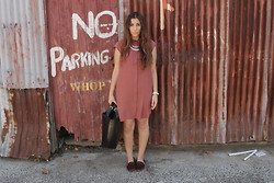Yeliz S - Witchery Shirt Dress, Zara Shopper - No Parking.