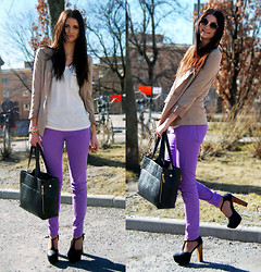 Emma Erixon - Gina Tricot Pastel Purple Jeans, High Platform Heels, Zipper Bag, Beige Blazer, Gina Tricot Sunnies, Necklace Ring - OH PASTEL, WHY ARE YOU SO PRETTY?