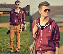 Rob Evans - H&M Jacket, Primark Chinos, Topman Bag, River Island Shoes, H&M Glasses - Casual Fridays