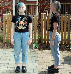 S S - Thrifted Star Wars Shirt, Levi's® Jeans, Demonia Creepers - Day 39