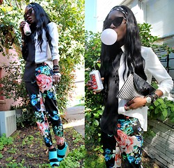 VintageVirgin Jessica - Romwe B&W Two Tone Blouse, H&M Floral Skinny Trousers, Qupid Aqua Wedges, Diy Spiked Wrap Cuff, Vintage B&W Stripe Clutch, Street Vendor Cateye Sunnies - DIET COKE & BUBBLEGUM