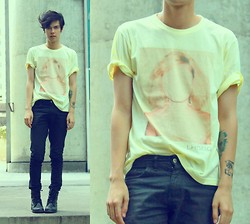 Vini Uehara - Amp Shirt - One Way or Another