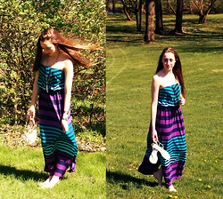Haley Alexandra - Armani Exchange Maxi Dress, Tory Burch Sandals - My Maxi.