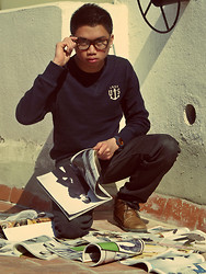 Maco Lawrence Lazaro - H&M Sweater, Dustin Leather Boots, H&M Jeans, Watx Wrist Watch, Nerdy Glasses - Spasibo Margarita