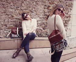Moustachic ♡ - Brandy&Melville Backpack, H&M Boots, Asos Sunnies - Backpackin in Paris
