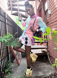 VintageVirgin Jessica - Ny Boutique Pastel Colorblocked Blouse, Vintage Pastel Stripe Diy Slasher Shorts, S E N O Senso Sardinia Lemon Buckle Wedges, Vintage Leather Backpack Purse, Oversized Round Sunnies - Give em' HELL in PASTELS