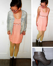 Shannon E - H&M Dress, Forever 21 Belt, Kohl's Tights, Qupid Boots - Sunshine, daisies, butter mellow