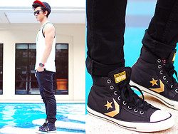 David Guison - Converse Tank Top, Converese Sneakers, Converse Watch - Skate Off