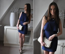 Malgosia . - H&M Dress, Asos Clutch - How to be classy