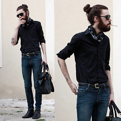 Tony Stone - The Kooples Black Shirt, H&M Black Bag - Black roses