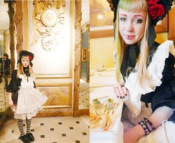 Ilsebelle 薔薇 - Quaintrelle Anarchist Ring, Alice And The Pirates Bonnet, Baby The Stars Shine Bright Apron With Rabbit Head, Metamorphose Dress, Bodyline Underskirt, Dr. Martens Shoes - Mariage Freres