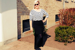 Nanna Torp - Bikbok Blouse, Weekday Long/Short Skirt - Stripes
