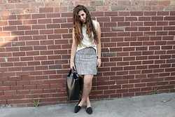 Yeliz S - Koton Shirt & Necklace, Vintage Skirt, Zara Shopper - Lemon & leaves