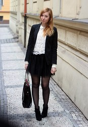 Joll Burr - Top, H&M Skirt, F&F Bag, New Look Blazer - Lace comeback