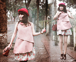 Zen Huo - Giagia's Peterpan Collar Pastel Top, Giagia's Closet Floral Linen Skirt, Lark Boutique Red Hat - Petit soleil