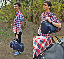 Christophe B. - Vans Sneakers, Topman Checked Shirt, Ben Sherman Iconic Barrel Bag, Lee Skinny Jeans, Amor Leather Bracelet, Rado Watch - Stylish to the gym!