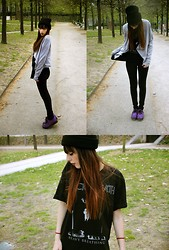 Bee-Kim G. - Boyfriend Black Breath   Heavy Breathing Tshirt, Tuk Purple Creeper - Hollywood divorce