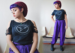 Uvita • - Vintage Satin High Waist Pants, Sisters Of Mercy Customized Shirt - Dum-dum Bullets