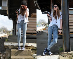 Laura A. - Vans Slip On's, Topshop Shirt, Topshop Jeans, Forever 21 Chain - I'm the last kid standing up against the wall