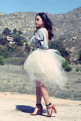 Arizka Sehoko - Self Made Dress - Tulle Late