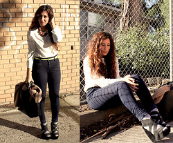 Yeliz S - Second Hand Vintage Blosue, Topshop Jeans, Wittner Wedges - Shadows on bricks