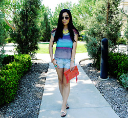 Stephanie Liu - Forever 21 Shirt, Abercrombie & Fitch Denim Shorts, Dolce Vita Sandals - Take me to the sand