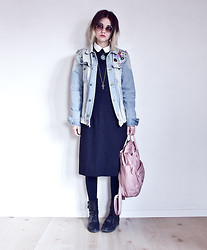 Malin Z - H&M White Shirt, New Look Jeans Jacket, Second Hand Black Dress, Fjällräven Pink Backpack, Weekday Lace Up Boots - Time