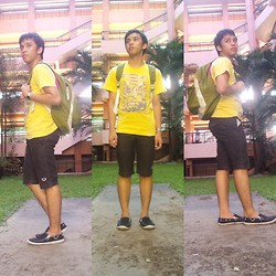 Brey Malones - Jag Tee, Jansport Bag, Ego Short, Sunok Shoes - EVERYTHING IS IN THE RIGHT TRACK