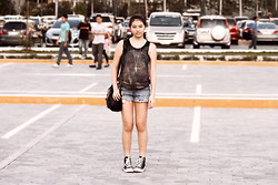 Dana Lee - Diy Galaxy Shirt, Aeropostale Frayed Shorts (I Will Get New Ones), Converse, H&M Bag, Cotton On Cross - ACROSS THE GALAXIES