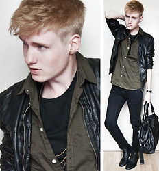 Erwin Bloemendal - H&M Leather Jacket, Leather Bracelet, Leather Bag, Leather Shoes - Sunspot