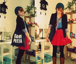 Ruby Red Tuesday - Selfmade Bag, H&M Skirt - Panem