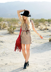 Shea Marie - More About Outfit? Visit: - COACHELLA LOVE <3 <3 <3