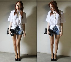 Jana W - Gina Tricot Necklace, Gina Tricot Shorts, Primark Clutch, Primark Heels - Give me everything tonight