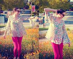 Paulina P. - Gift Aligator And Amethist Bracelet, A. J. Morgan Cat Eye Sunglasses, Nasty Gal Floral Split Sleeve Blouse, Zara Pink Jeans, Bdg Flats - Floral Addiction