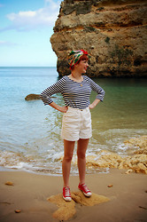 Kerry Lockwood - Glastonbury Festival Vintage Scarf As Turban, H&M Long Sleeve Stripe Jersey, Ebay Vintage High Waisted Shorts, Red Sneakers, Vintage Chain, And The Beach! Homemade Shell Necklace - A Hint of Nautical...