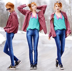Ebba Zingmark - Top, Jeans Of My Own Design, Secondhand Silk Shirt, Adidas Sneakers - I wear getwear