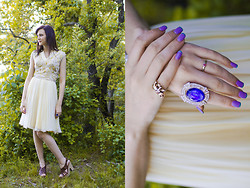 Madison Arrebella - Vintage My Great Grandmothers Dress, Warrens Strap Heels, Forever 21 The Heart Of The Ocean, Forever 21 Elephant Ring, Tiffany & Co. Sweet 16 Ring - She seeks..